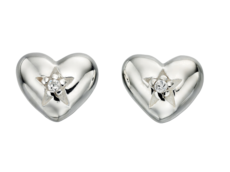 Product standard e4605c   fourth avenue   our silver   cz star heart stud earrings    silver   5055067194822