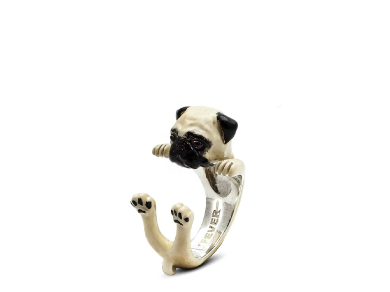 Product standard enamelled hug ring pug